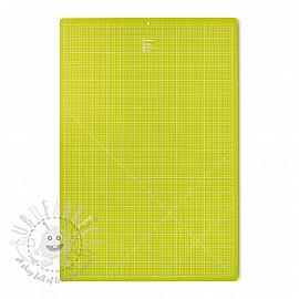 Cutting mat cm/inch divisions PRYM 60 x 90 cm light green